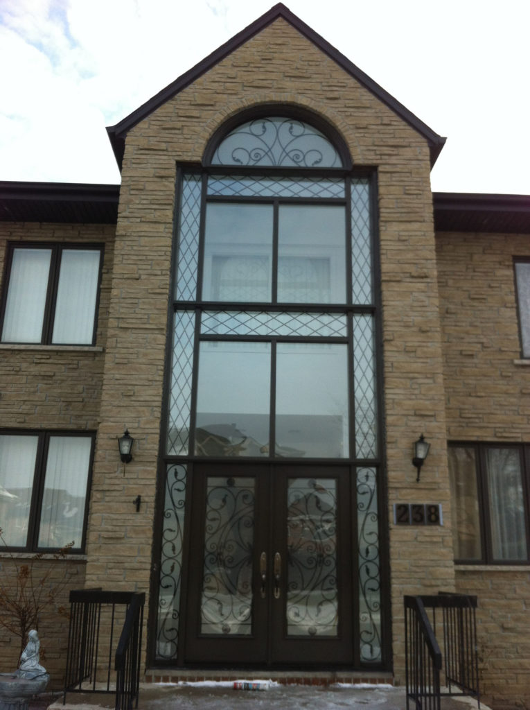 Windows doors portes fenetres montreal 33 factory direct for Porte fenetre montreal