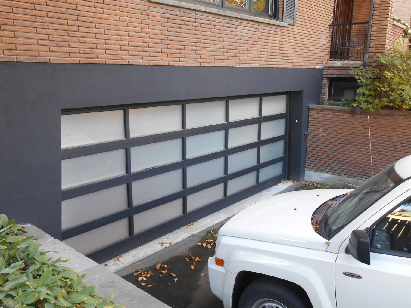 Doors factory direct montreal every door is custom built to your requirements in our manufacturing facility our products can be delivered with vinyl wrought iron steel and glass rubansaba